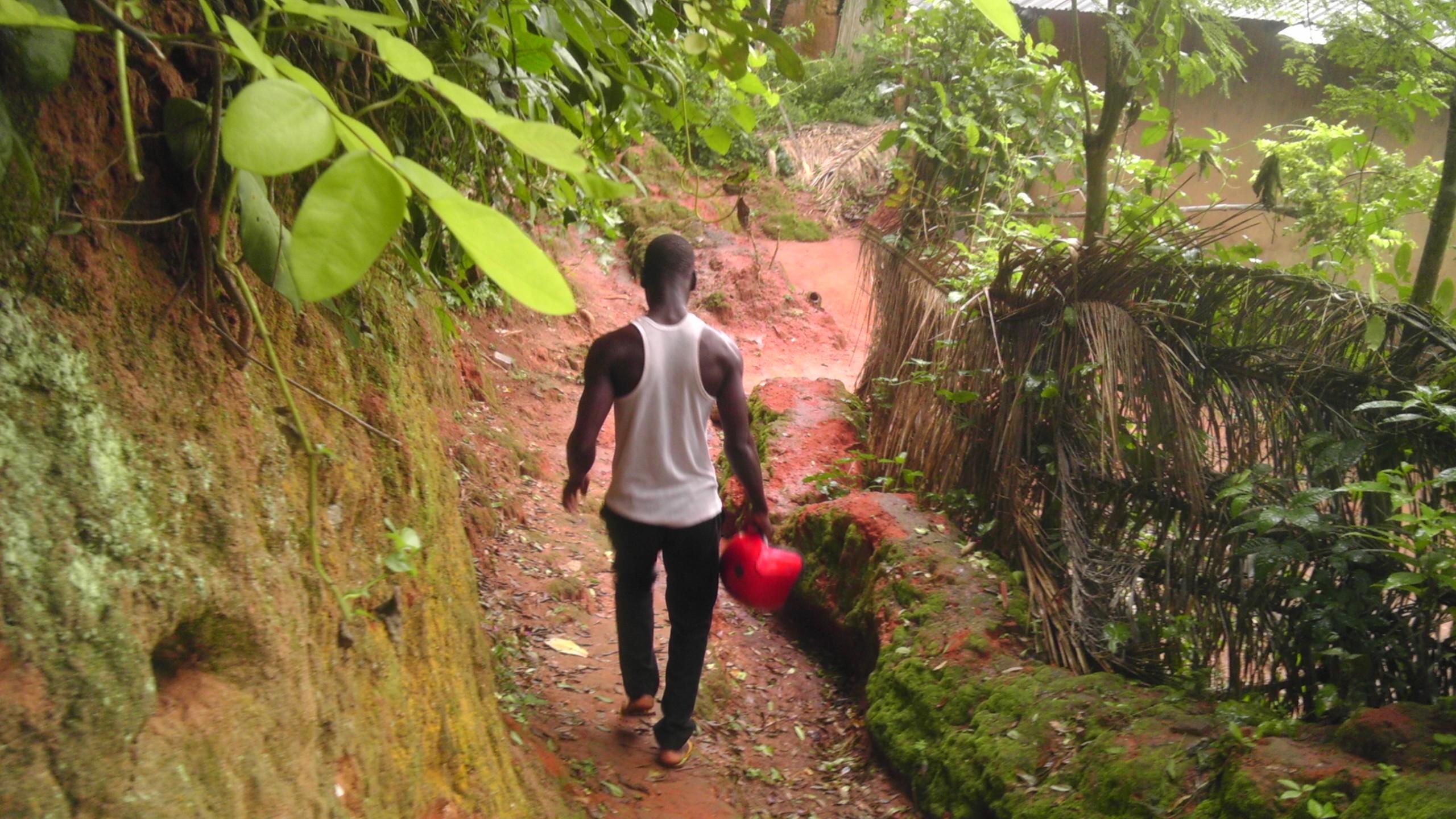 Fontaine où débouche le chemin de peine des esclaves de Dangbo